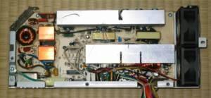 旧電源ユニットの内部